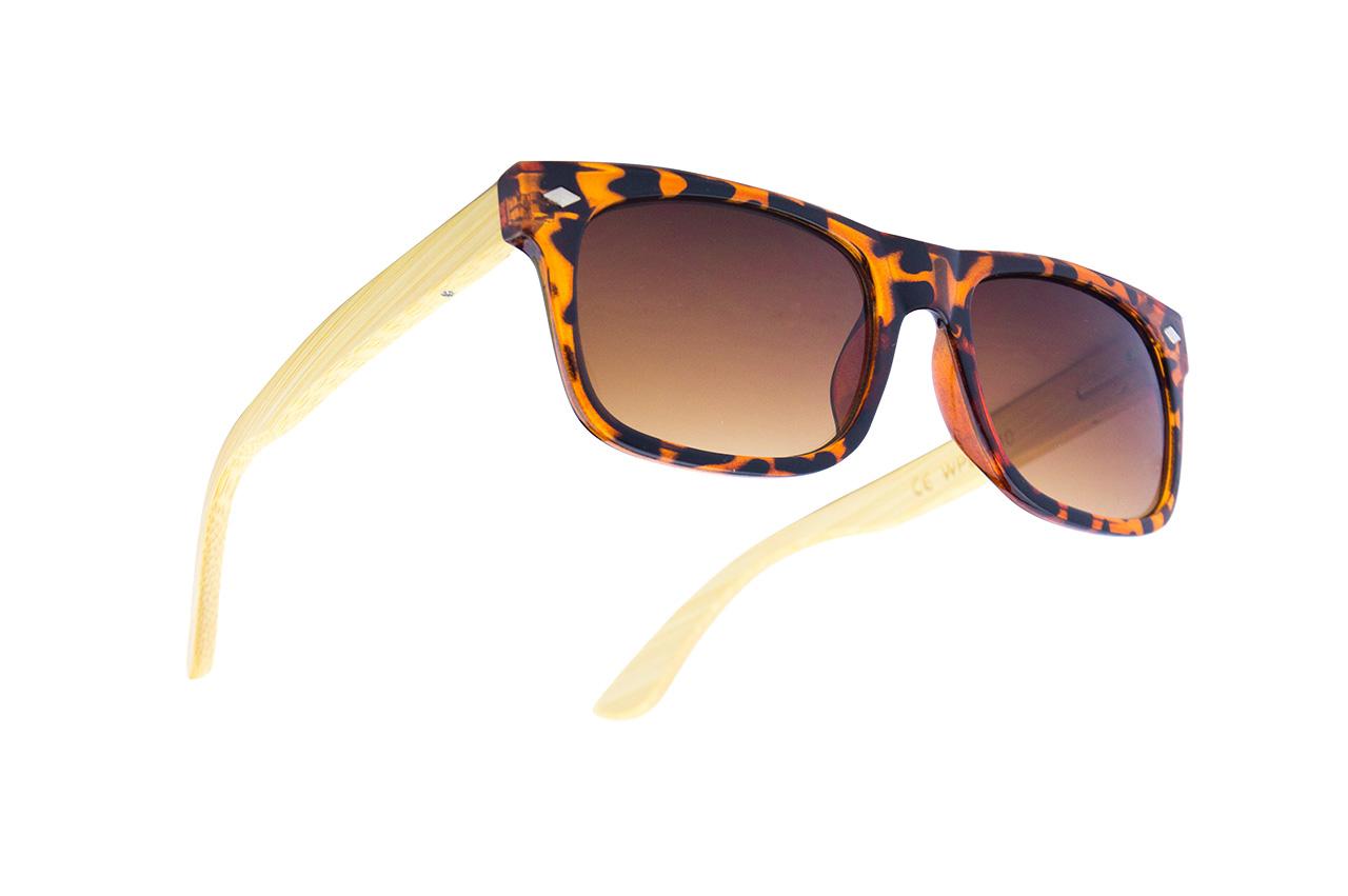 Gafas de Sol Nación Pirata. Modelo patillas de madera Isla Tortuga
